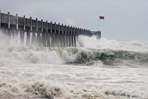 StormSurgeIke-NOAA